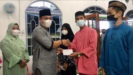 Di Masjid Nurussalam, Bupati Lingga Titip Doa Agar Pembangunan Berjalan dengan Baik