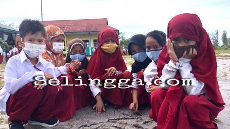 SDN 002 Singkep Selatan Kekurangan Guru Agama dan Olahraga